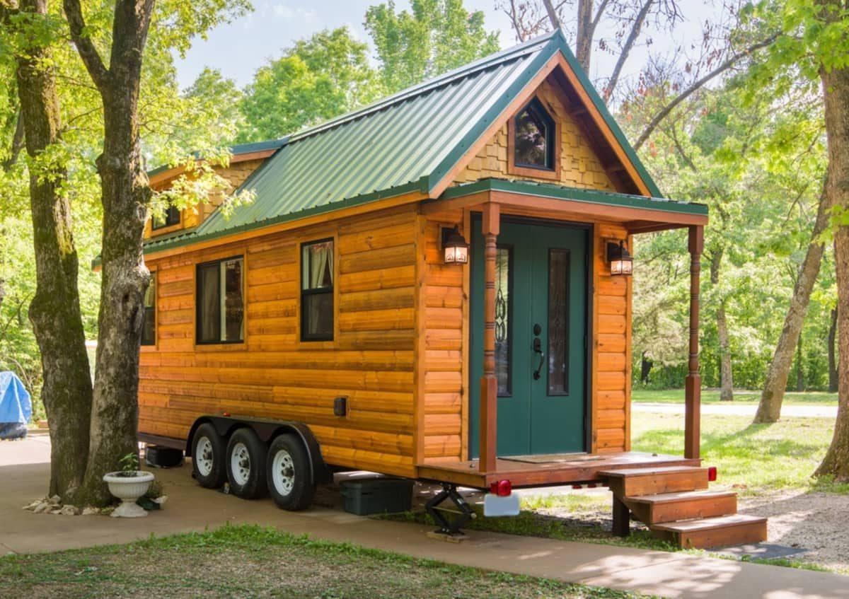 portable-tiny-house-cabin